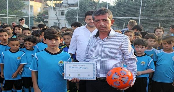 Kozan Belediyespor Futbol Yaz Okulunda sertifika töreni (3)