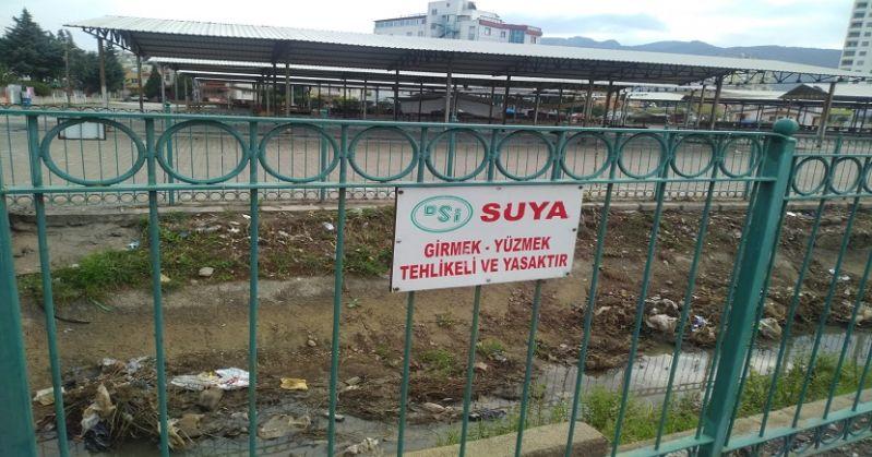 Kozanda Sulama Kanalı Hastalık Saçıyor