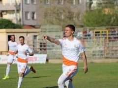 Kozansporlu Eski Futbolcu Oğlunu Boğarak Öldürdü