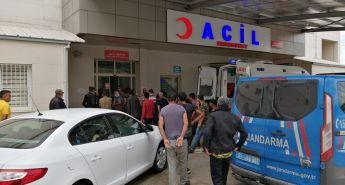 Kozanda Trafik Kazası Aynı Aileden 2si Ağır 5 Kişi Yaralandı