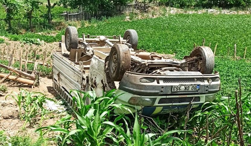 Feke'de Trafik Kazası 4'Ü Çocuk 5 Yaralı