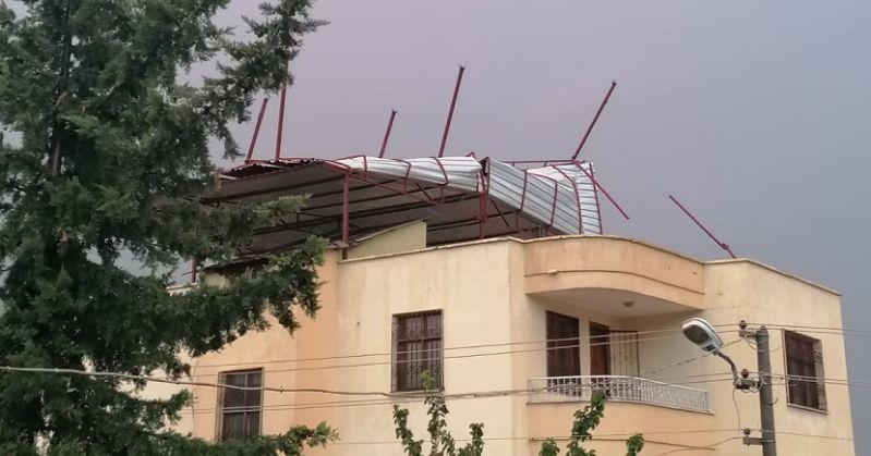 Kozanda Şiddetli Fırtına Hayatı Olumsuz Etkiledi