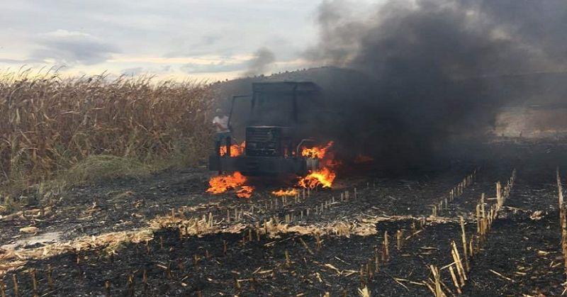 Kozanda Traktör Alev Alarak Yandı