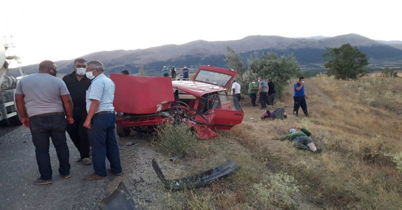 Tufanbeyli'de Trafik Kazası 3 Yaralı