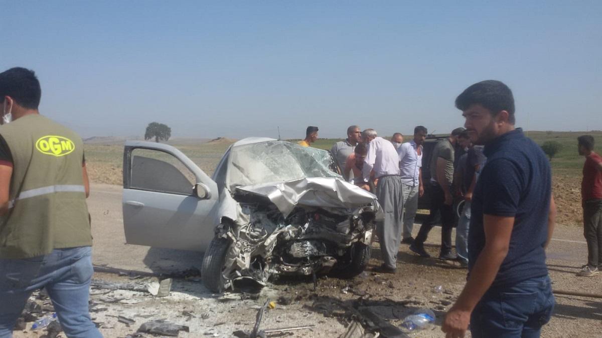 İmamoğlu'nda Feci Kaza 2 Ölü 3 Ağır Yaralı