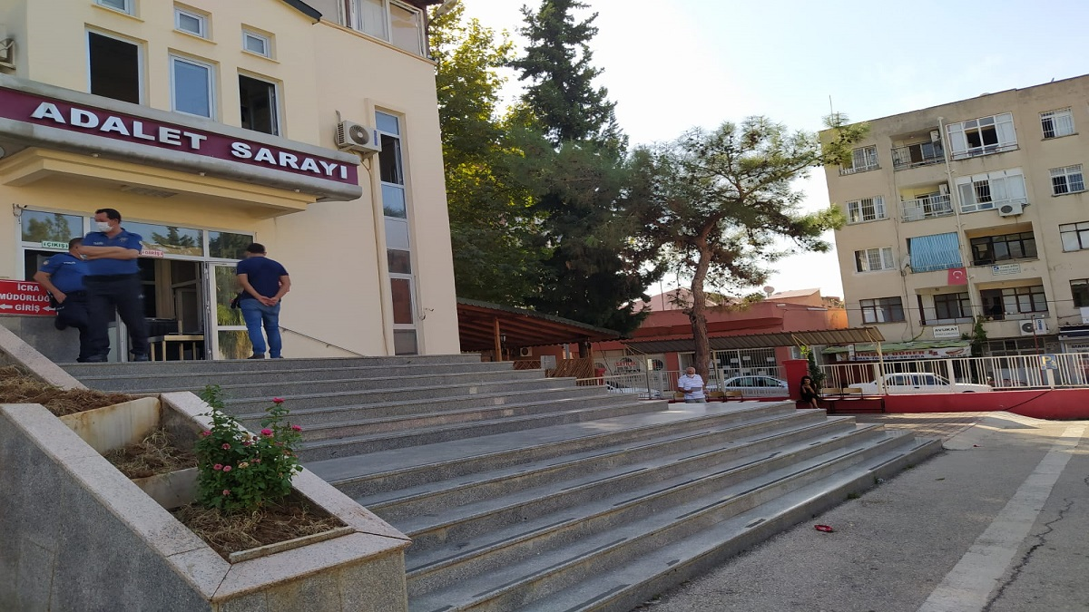 Kozan'da Kablo Hırzılığı 4 Kişi Tutuklandı