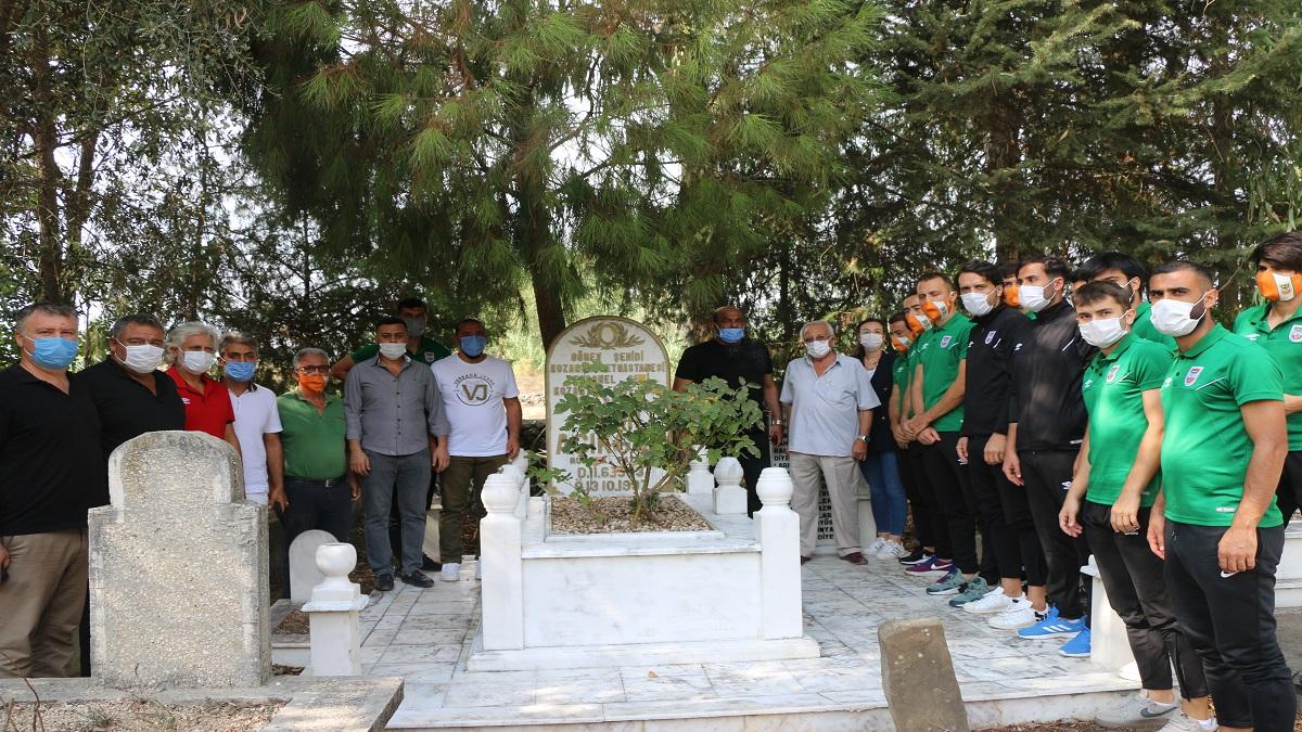 Sami Açıkgöz Vefatının 23. Yıl Dönümünde Mezarı Başında Anıldı