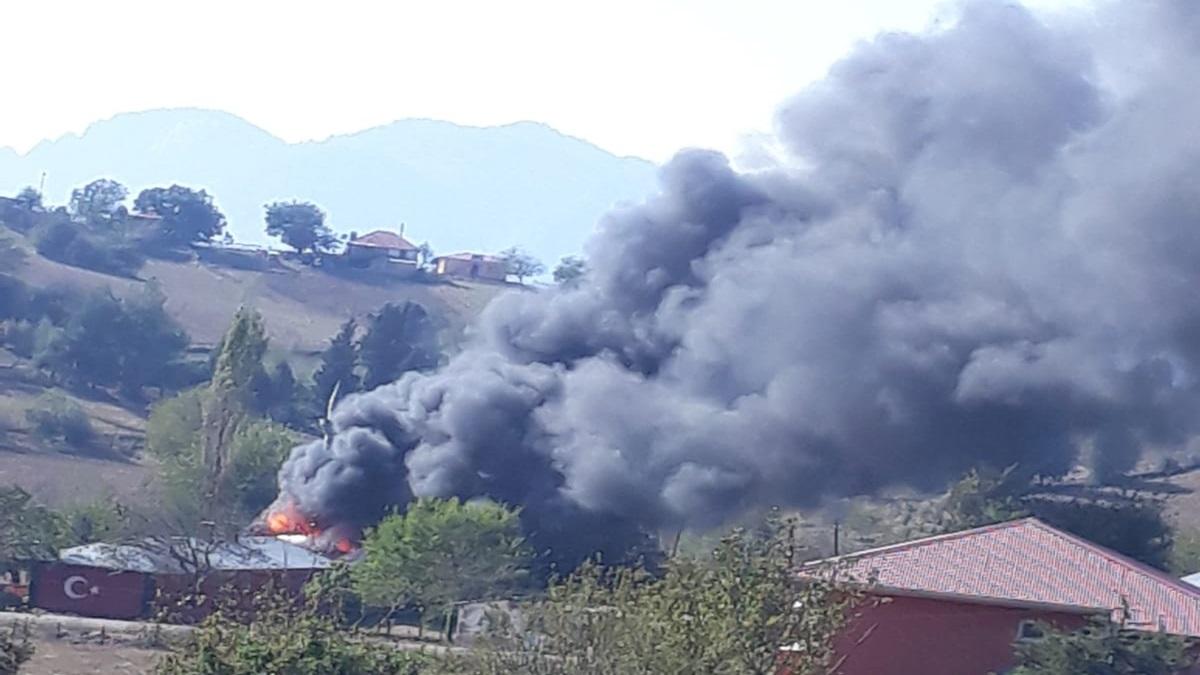 Feke Tokmanaklı'da Okulda Yangın