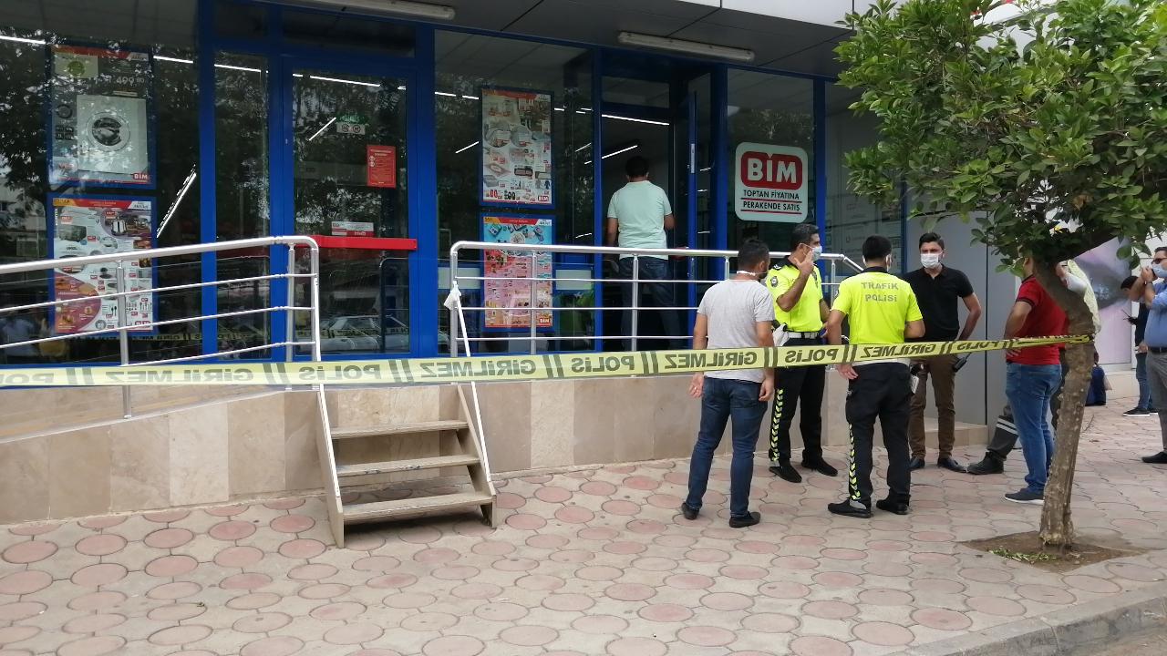 Kozan'da 2 Kişi Silahla Vuruldu 2 Ağır Yaralı