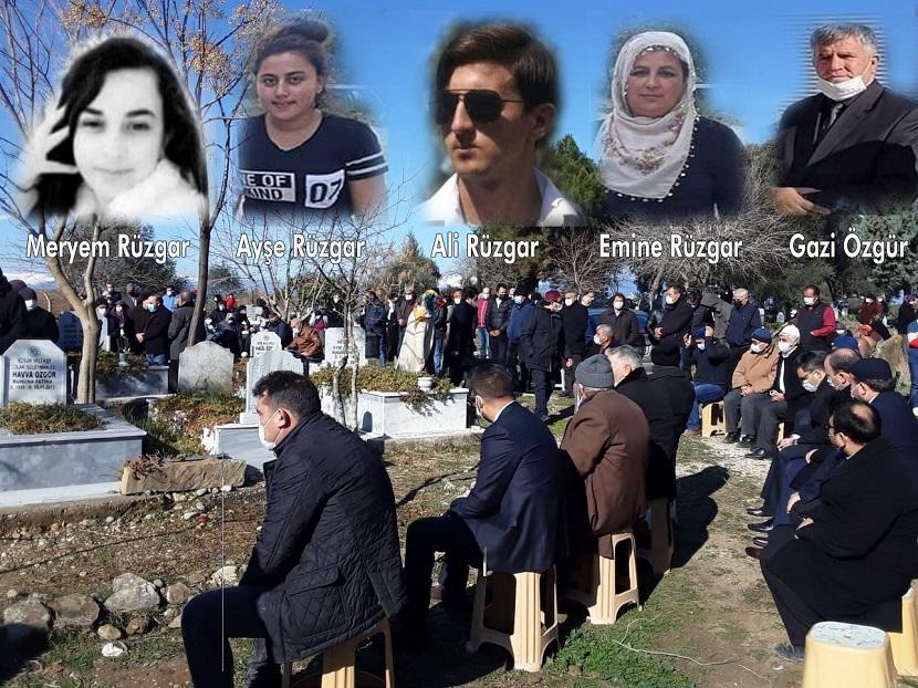 Akşamki Kazada Ölen 5 Kişi Yan Yana Toprağa Verildi