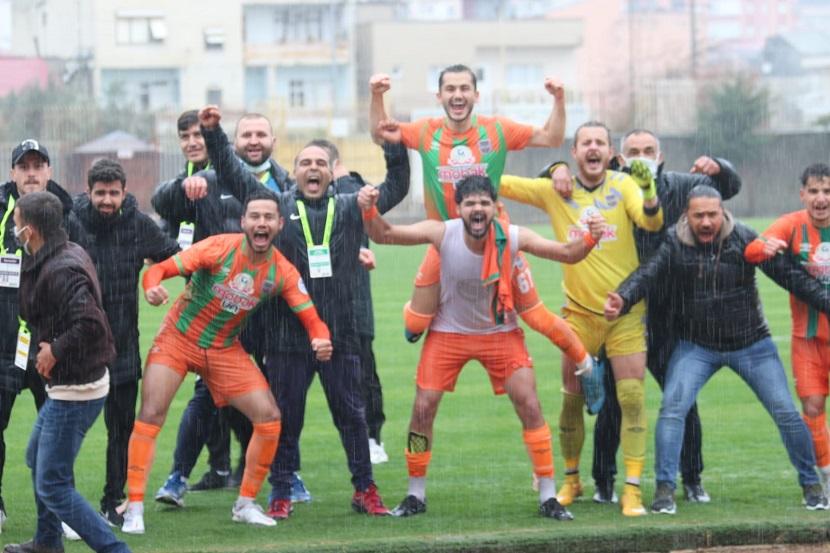 Kozanspor 8 Maç Sonra Kazandı Ortalık Bayram Yerine Döndü