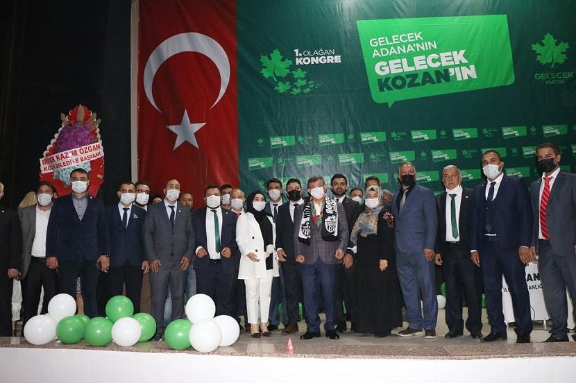 Ahmet Davutoğlu Kozanda Partisinin Kongresine Katıldı