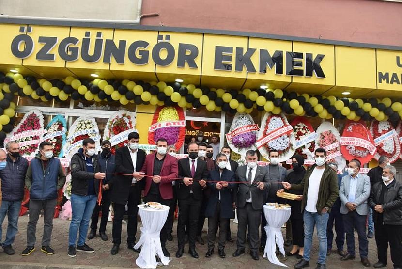 Kozan'da Özgüngör Ekmek Fırını Açıldı