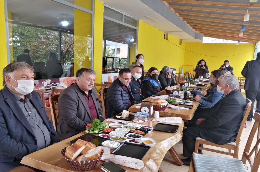 Şehit Ailelerine Ve Polis Teşkilatına Kahvaltı