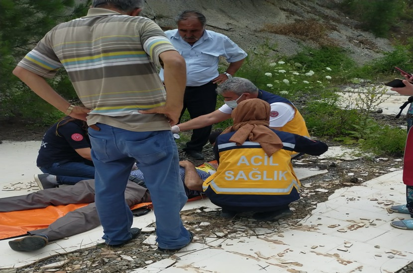 Feke'de Trafik Kazası 1 Yaralı
