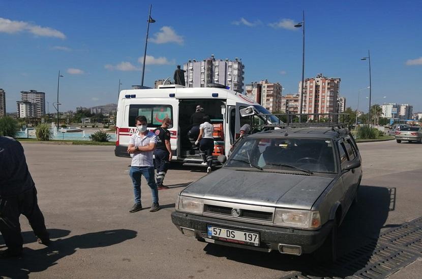 Kozanda Hastane Kavşağında Kaza 1 Yaralı