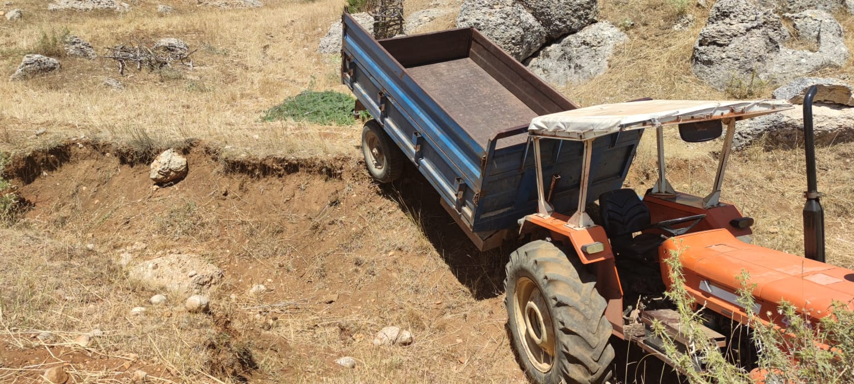 Göllerde Traktör Üzerinde Kalp Krizi Geçiren Vatandaş Öldü