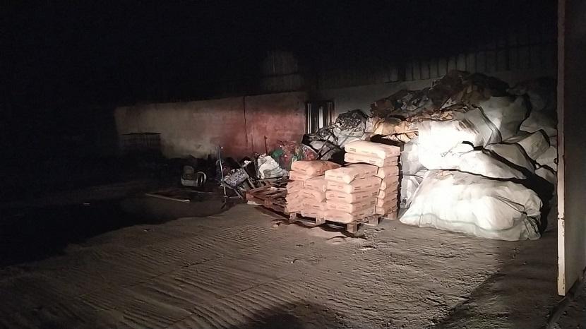 Kozan Organize Sanayi'ndeki Yangın Söndürüldü